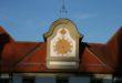Die Uhr im Hof des Klosters St. Mang tickt wieder