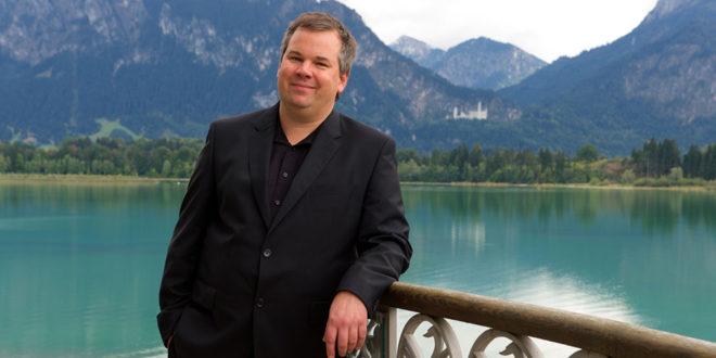 Benjamin Sahler: Neuer Theaterdirektor in Ludwigs Festspielhaus in Füssen