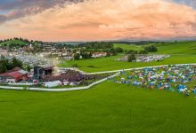 "Photo of Es kann weitergehen! Wende für das Festival ""Rock The King"" und Open Air – Veranstaltungen in der Allgäu Concert Arena  in Buchenberg"