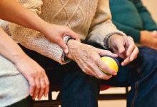 Photo of Pflegepool: Dringend helfende Hände in Pflege und Betreuung gesucht