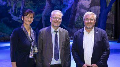Bild von Regierungspräsident zu Gast in Ludwigs Festspielhaus