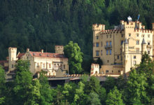 Bild von Schloss Hohenschwangau ab Samstag wieder geöffnet